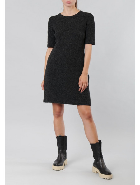 Soft dress with short sleeves