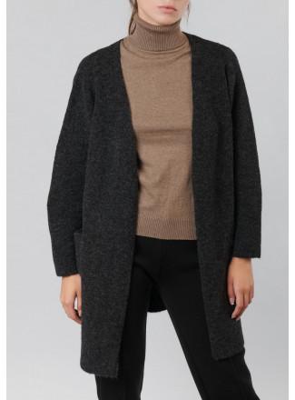 Relaxed fit soft yarn cardigan