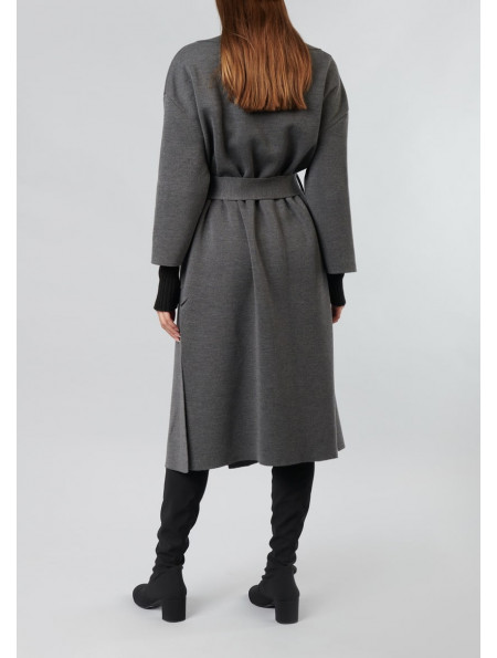 Over the knee-length thin knit coat